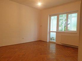 Apartament de vânzare 3 camere, în Oradea, zona Europa