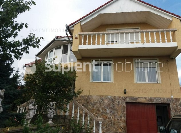 Sapient/Vila cu 6 camere strada Caisilor - imaginea 1