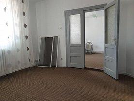 Casa de închiriat 3 camere, în Oradea, zona Cantemir
