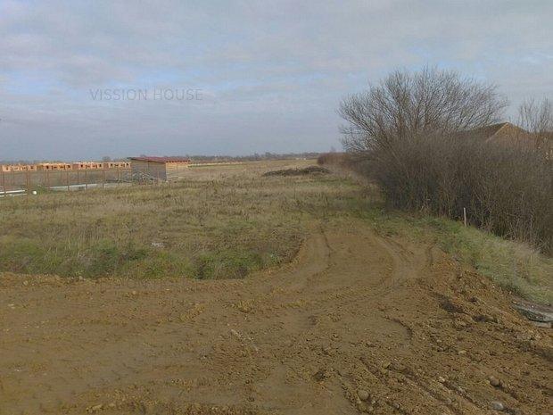 Vanzare teren Bucovat  - Reper Pensiunea Casa - Celia - imaginea 1