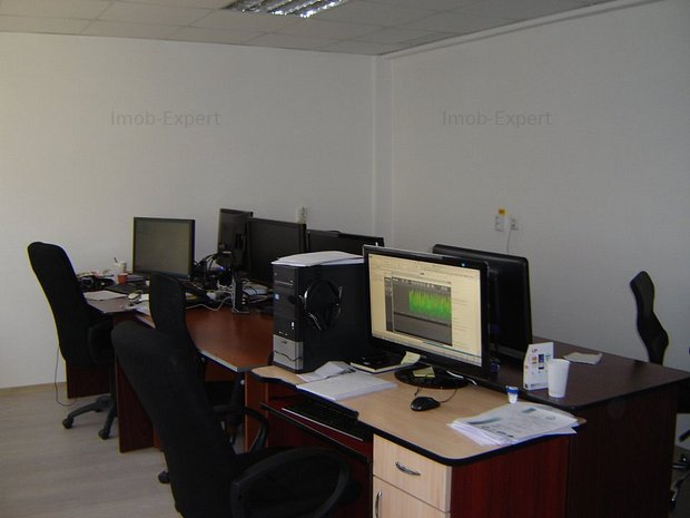 Cladire birouri clasa A,zona ultracentrala - imaginea 1