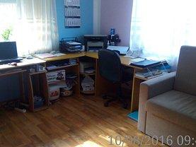 Casa de vânzare 5 camere, în Oradea, zona Nufarul