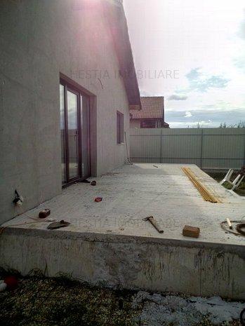 Casa noua Santandrei - imaginea 1