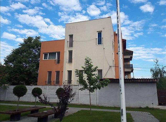 Casa D+P+2E zona Lipovei cu  centru medical demisol si parter - imaginea 1