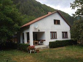 Casa de vânzare 3 camere, în Tarnita