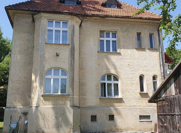 Casa unica in zona Livada Postei, D+P+E+pod, 6 camere, teren 1000 mp ! - imaginea 1