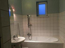 Casa de închiriat 5 camere, în Braşov, zona Dârste