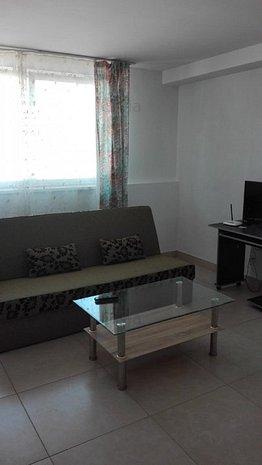 Apartament cu doua camere mobilat lux in zona centrala! - imaginea 1