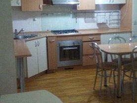 Apartament de închiriat 3 camere, în Resita, zona Centrul Civic