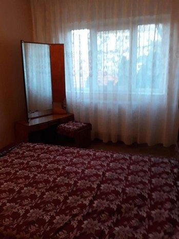 Apartament cu doua camere de inchiriat in C.Sagului - imaginea 1