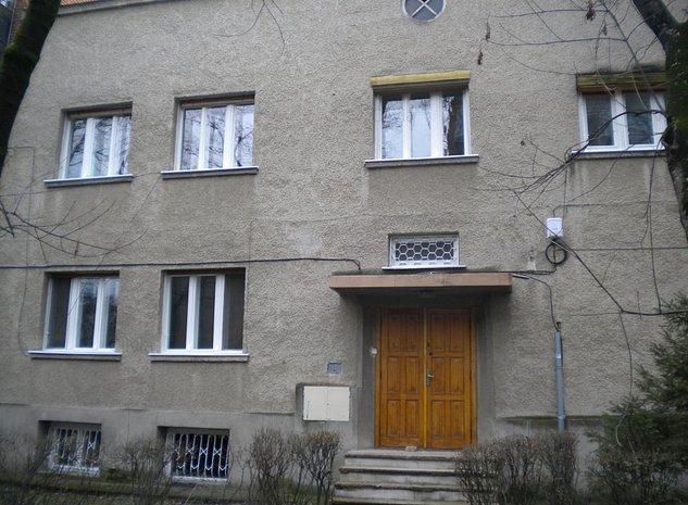 Vila nemobilata de inchiriat in zona PREFCTURII ! - imaginea 1