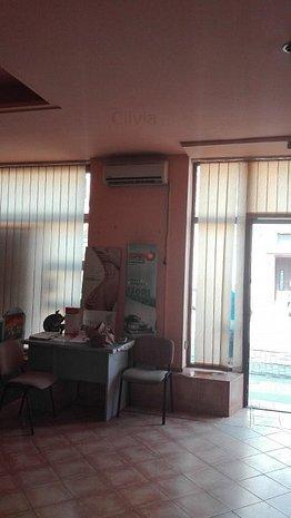 Spatiu comercial de vanzare in zona Traian! - imaginea 1