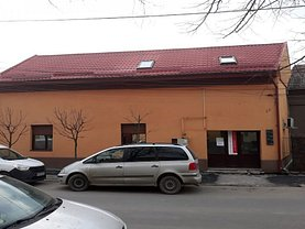 Casa de vânzare sau de închiriat 4 camere, în Timişoara, zona Ronaţ