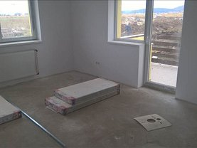 Apartament de vânzare 2 camere, în Brasov, zona Exterior Est