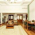 Casa de vânzare 7 camere, în Păun
