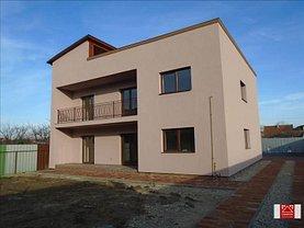 Apartament de vânzare 4 camere, în Arad, zona Pârneava