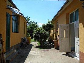 Casa de vânzare 5 camere, în Arad, zona Pârneava