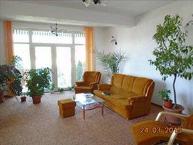 Casa de vânzare 11 camere, în Arad, zona Aradul Nou