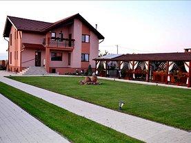 Casa de vânzare 7 camere, în Sagu