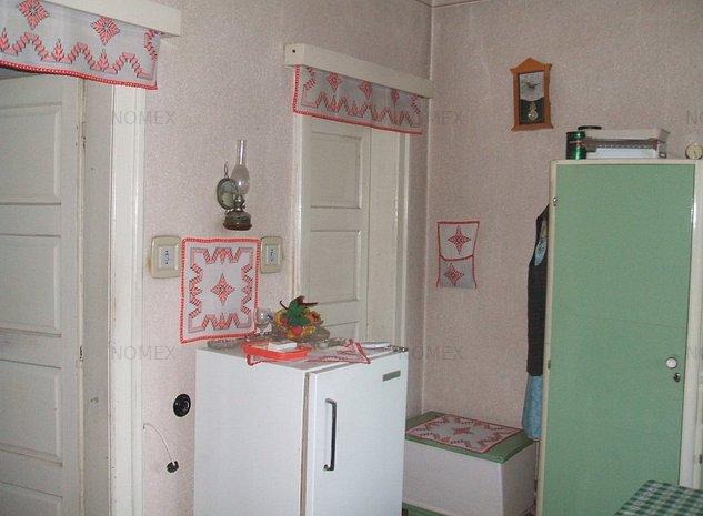 Casa de vânzare o cameră - imaginea 1