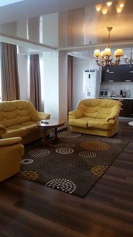 apartament de lux cu vedere la mare , centru , 900 Euro - imaginea 1
