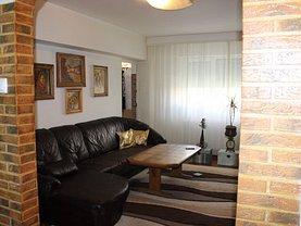 Apartament de vânzare 4 camere, în Constanta, zona Balada
