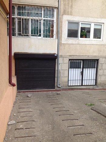 garaj parter vila - ideal spatiu de depozitare - imaginea 1