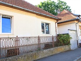 Casa de închiriat 3 camere, în Braşov, zona Central