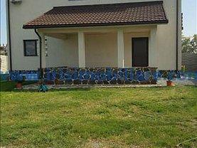 Casa de închiriat 4 camere, în Mamaia, zona Nord