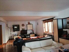 Casa de închiriat 6 camere, în Dobroeşti