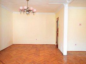 Apartament de vânzare 4 camere în Ramnicu Valcea, Parc Zavoi
