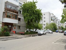 Apartament de vânzare 3 camere, în Piteşti, zona Prundu