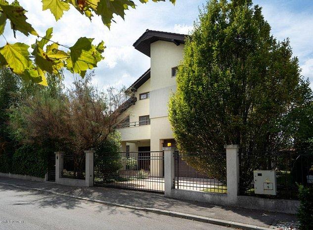 Iancu Nicolae - Complex Traian, vila contemporana 425 mp, teren 745 mp. - imaginea 1