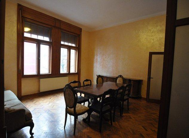 Apartament cu 3 camere in Piata Victoriei - imaginea 1