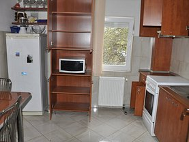 Apartament de închiriat 4 camere, în Timişoara, zona Soarelui