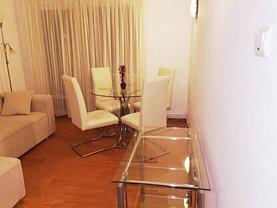 Apartament de vânzare 3 camere, în Busteni, zona Central