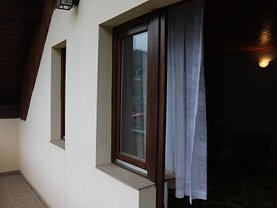 Casa de vânzare 3 camere, în Buşteni, zona Central