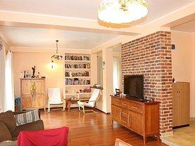 Casa de vânzare 4 camere, în Buşteni, zona Central