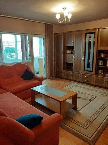 Apartament decomandat, 3 camere, etj 4/5, zona Telegrafului. - imaginea 1
