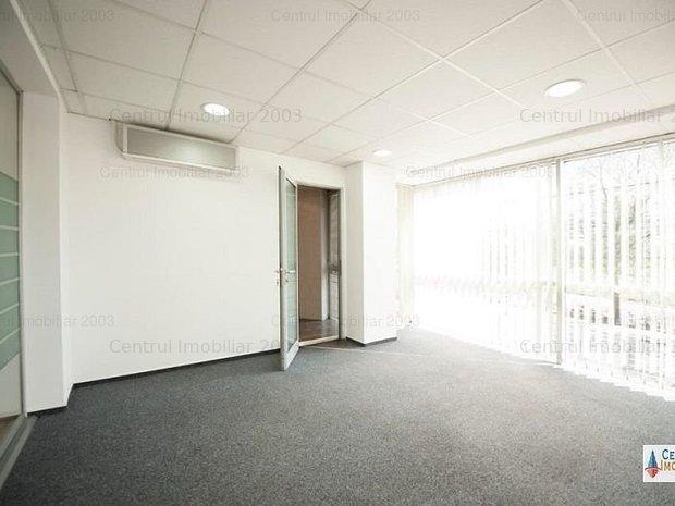 Imobil deosebit/birouri/showroom/media/IT/Publicitate/curte si parcare - imaginea 1
