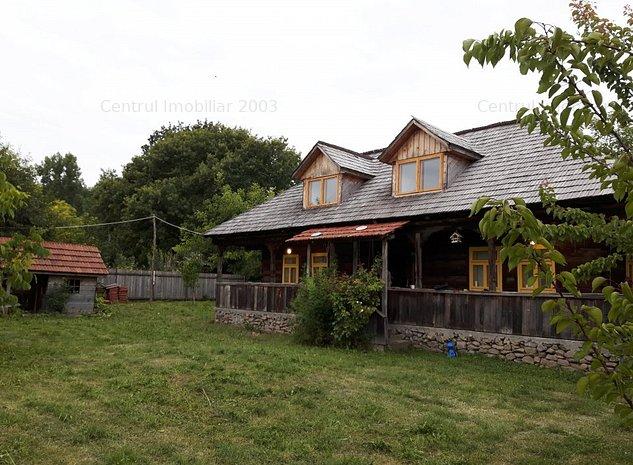 Casa traditionala maramureseana, la 50 km de Bucuresti - imaginea 1