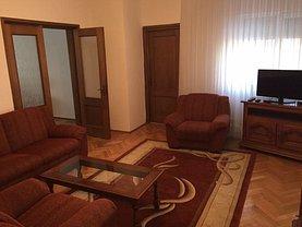 Casa de închiriat 4 camere, în Bucureşti, zona Dorobanţi