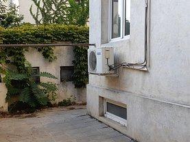 Casa de vânzare sau de închiriat 3 camere, în Bucureşti, zona Cotroceni
