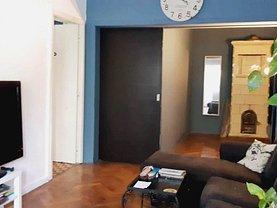 Casa de vânzare 9 camere, în Bucureşti, zona Cişmigiu
