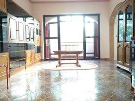 Apartament de vânzare 3 camere, în Bucuresti, zona Batistei