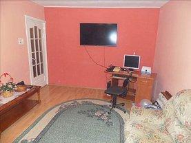 Apartament de vânzare 3 camere, în Timişoara, zona Lunei