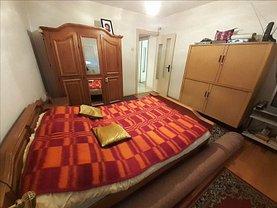 Apartament de vânzare 3 camere, în Timişoara, zona Simion Bărnuţiu