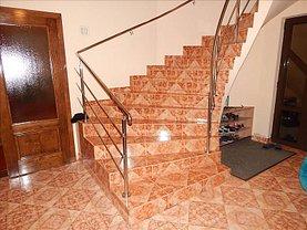 Casa de vânzare 6 camere, în Timisoara, zona Plopi