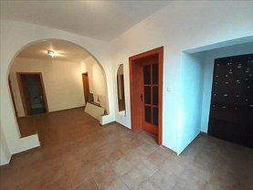 Casa de vânzare 8 camere, în Timişoara, zona Şagului