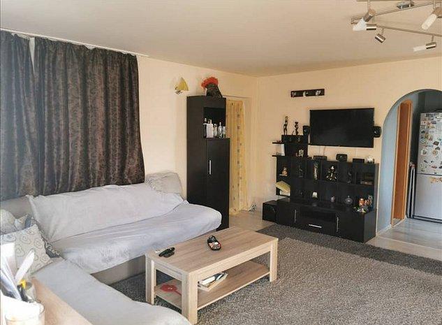 Duplex bine compartimentat, dormitoare cu baie proprie! - imaginea 1